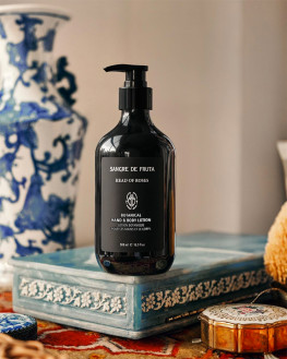 - HEAD OF ROSES Hand & Body LOTION